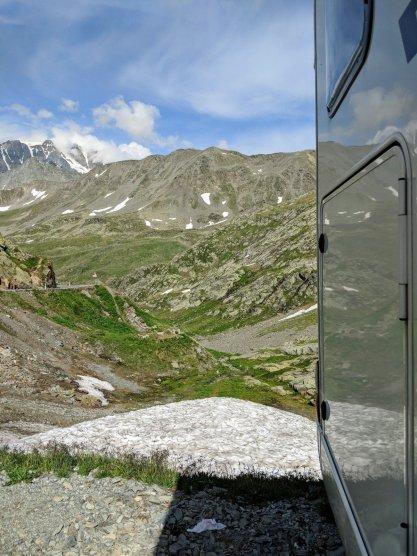 Großer St. Bernhard Pass / Great St. Bernard pass